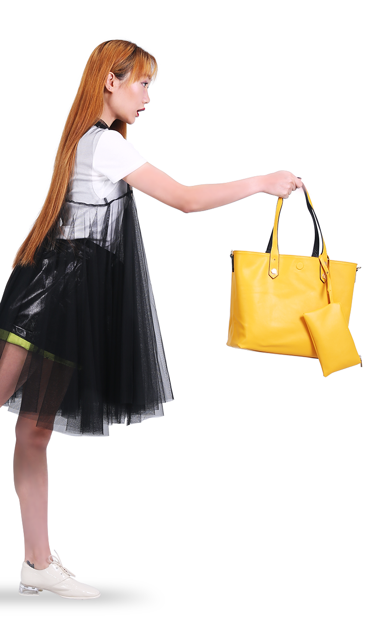 Model with Yellow Bag Name Twinz aligned on left
