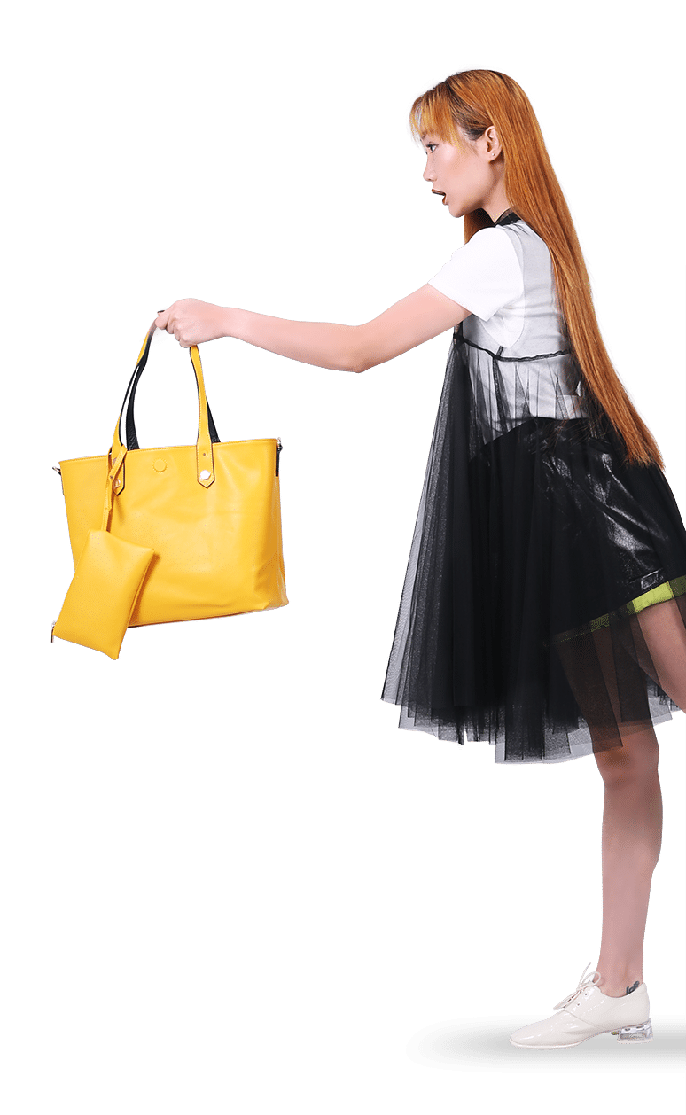 Model with Yellow Bag Name Twinz aligned on right